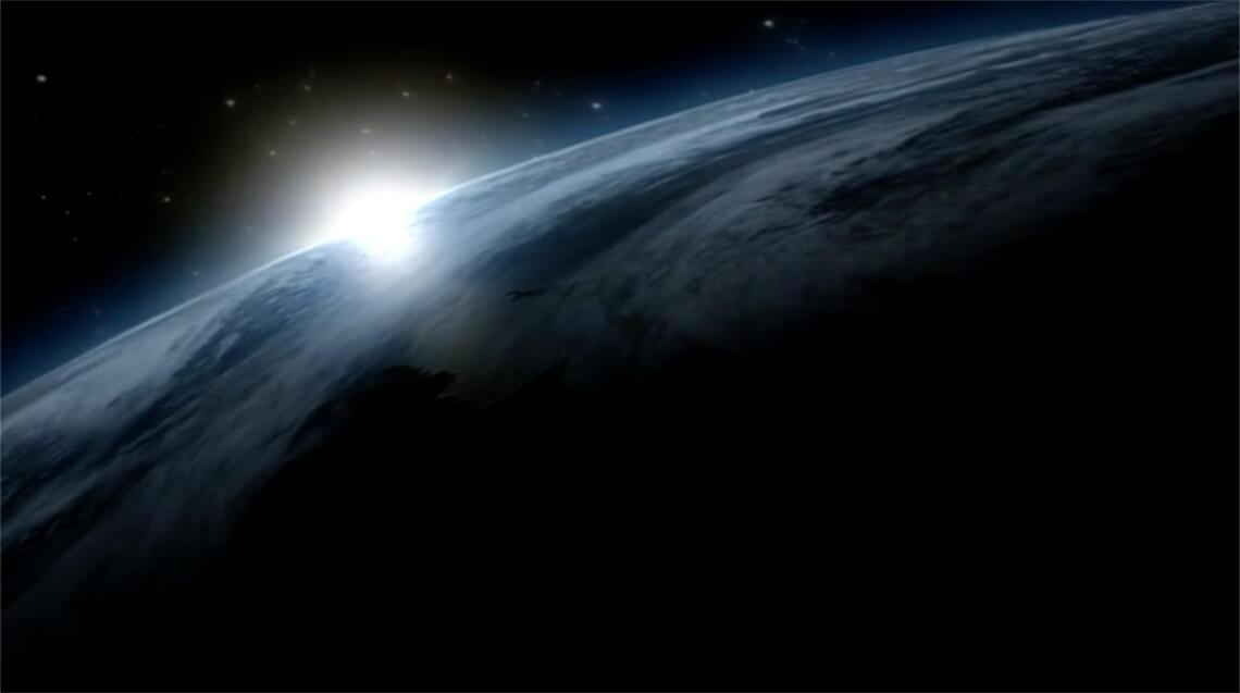 Bild einer 3D-Animation für die Dauerausstellung Klimazonen und Lebensräume des Staatlichen Naturkundemuseums Karlsruhe - die Erde vom All aus gesehen bei Sonnenaufgang. Produziert von der Filmproduktion Karlsruhe mp-film.