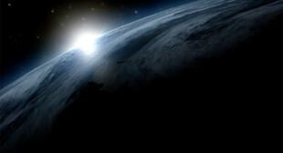 Screenshot einer 3D-Animation für das Staatliche Naturkundemuseums Karlsruhe - die Erde vom All aus gesehen bei Sonnenaufgang. Produziert von der Filmproduktion Karlsruhe mp-film.