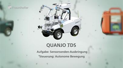 Das Bild zeigt ein autonomes Fahrzeug zur Ausbringung von Sensorsonden. Mit Hightech und Wissenschaft befindet sich das Fraunhofer Institut im Katastropheneinsatz. Bild auf der Seite Portfolio. Die Filmproduktion Karlsruhe mp-film hat für einen Imagefilm den getesteten Katastopheneinsatz begleitet.