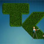 2D Animation ein Playmobile Gärtner trimmt das grasgrüne TK-Logo mit einer Heckenschere. Erklärfilm der Filmproduktion Karlsruhe mp-film für die Technikerkrankenkasse. Bild auf der Seite Portfolio.